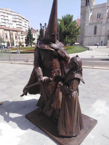 Monumento al Cofrade